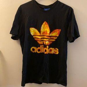 Adidas T shirt- ✨LIMITED EDITION✨